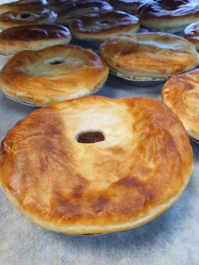 Buy Steak & Gravy Pie Online - Award Winning Scottish ...